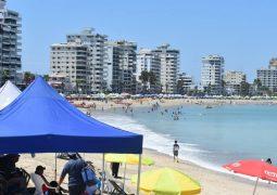 Ministra Romo: Proyecto piloto para reapertura de playas