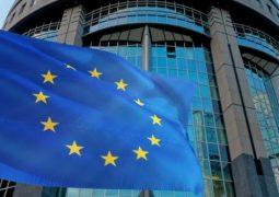 Europa: Unión Europa continúa insistiendo en la solicitud de un certificado de vacunas para poder viajar