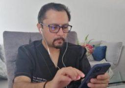 Mauro Falconí asegura estar desesperado y ser el único al pendiente dentro del Ministerio de Salud de lo que acontece en cuanto a la emergencia sanitaria en Ecuador