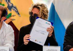 Se firmó el convenio para recibir las vacunas que inmunizarán a 1.800.000 guayaquileños